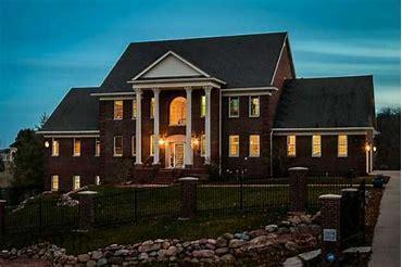 3804 Timberline Drive, West Des Moines, IA 50265 (MLS #585346) :: Pennie Carroll & Associates