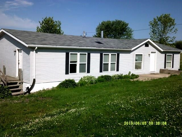 1107 S Clark Street, Pella, IA 50219 (MLS #585355) :: Pennie Carroll & Associates