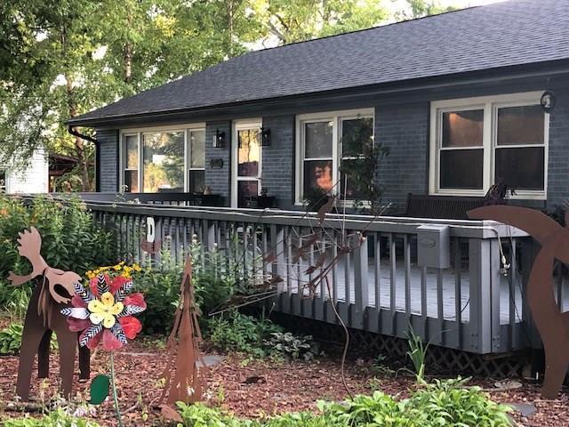 1240 70th Street, Windsor Heights, IA 50324 (MLS #587578) :: Colin Panzi Real Estate Team