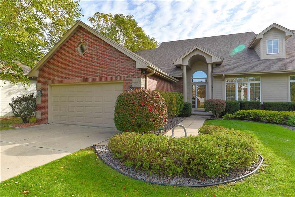 1274 Glen Oaks Drive, West Des Moines, IA 50266 (MLS #593103) :: Pennie Carroll & Associates
