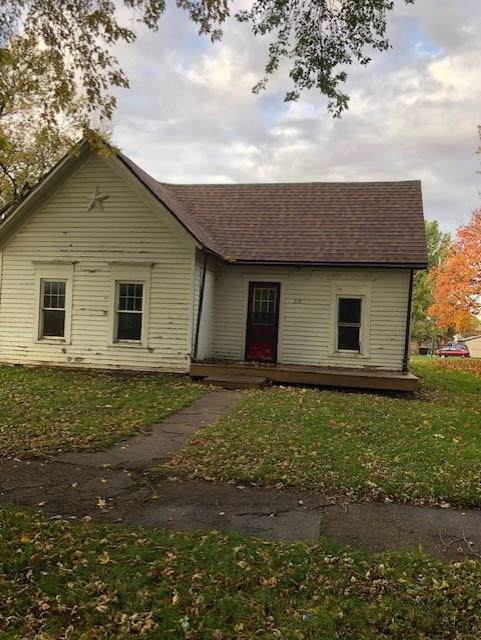 212 N Gaines Street, Stuart, IA 50250 (MLS #593659) :: Better Homes and Gardens Real Estate Innovations