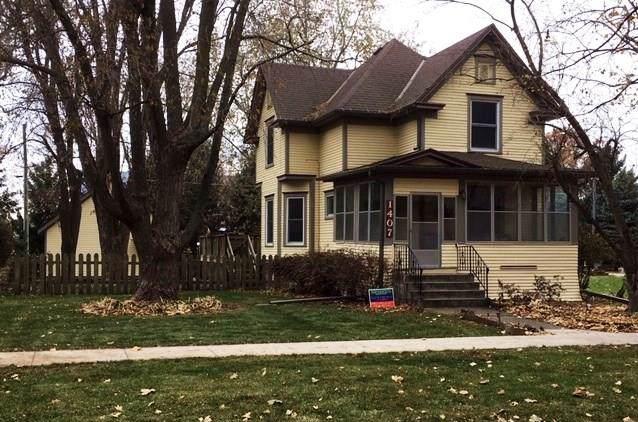1407 Elm Street, Grinnell, IA 50112 (MLS #595120) :: Pennie Carroll & Associates