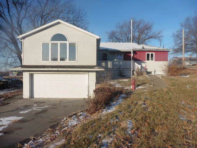 115 N 17th Street, Chariton, IA 50049 (MLS #597927) :: Moulton Real Estate Group