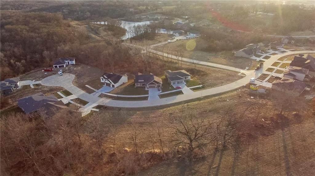 930 Arbor Woods Drive - Photo 1