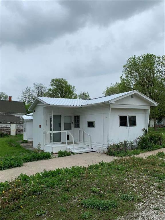 407 Missouri Avenue, Lorimor, IA 50149 (MLS #605608) :: Pennie Carroll & Associates