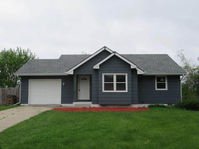 2216 Swan Drive, Norwalk, IA 50211 (MLS #605848) :: Moulton Real Estate Group