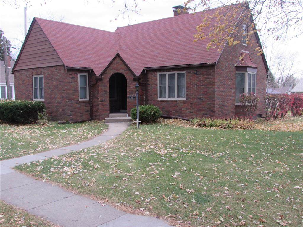 405 Marion Street - Photo 1