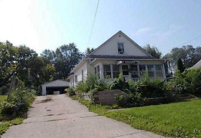 319 S 6th Avenue W, Newton, IA 50208 (MLS #619685) :: Pennie Carroll & Associates