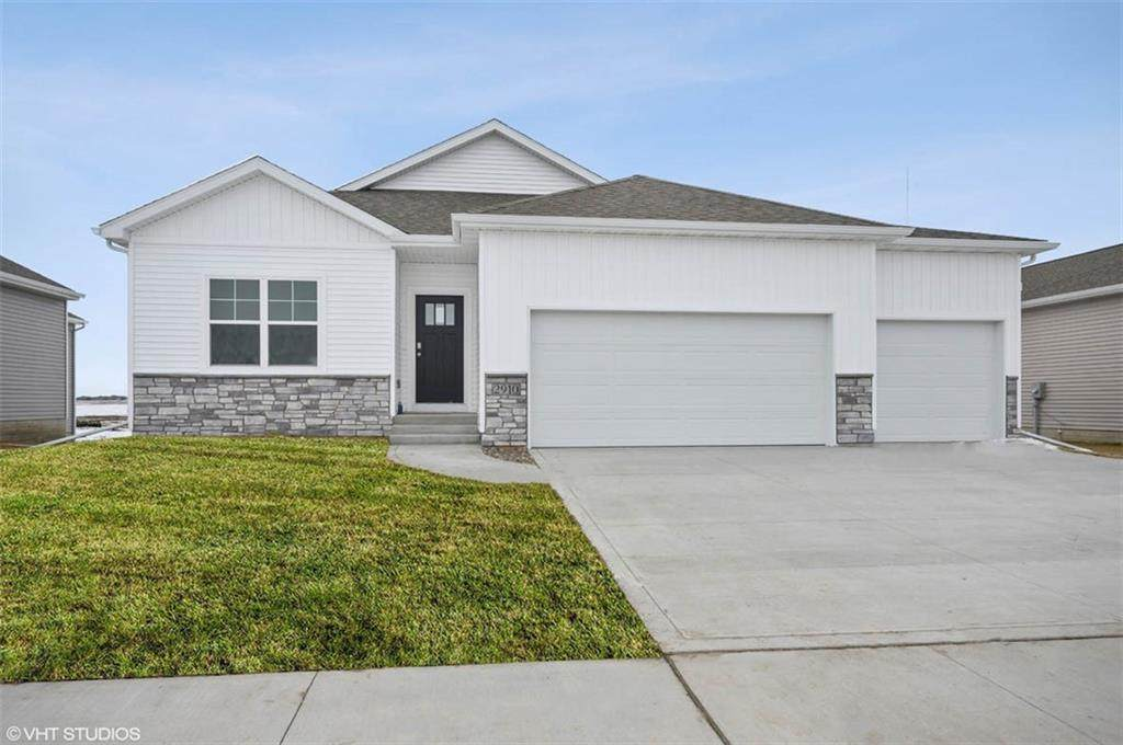 9409 Valley Parkway - Photo 1