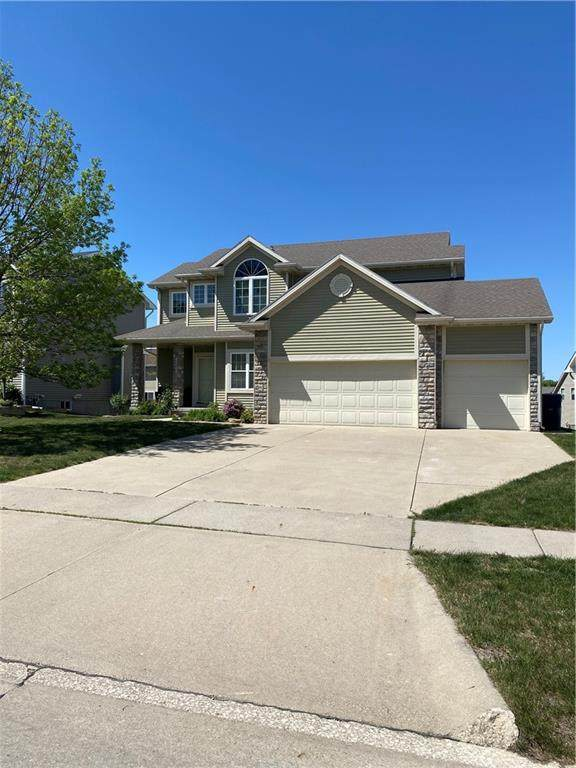 15221 Winston Avenue, Urbandale, IA 50323 (MLS #628710) :: Moulton Real Estate Group