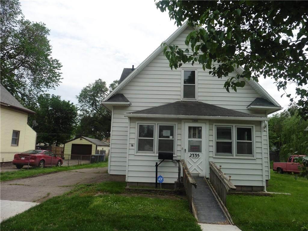 2335 Walnut Street - Photo 1