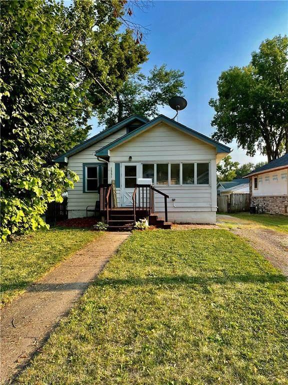 1551 Wilson Avenue, Des Moines, IA 50316 (MLS #634319) :: Pennie Carroll & Associates