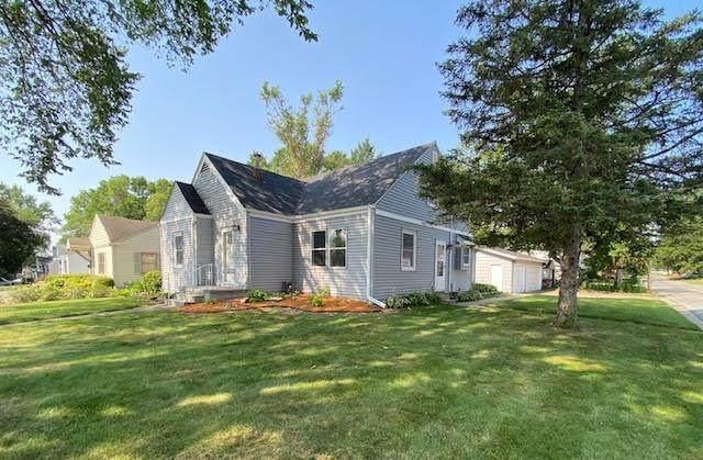 1716 60th Street, Des Moines, IA 50322 (MLS #634367) :: Moulton Real Estate Group