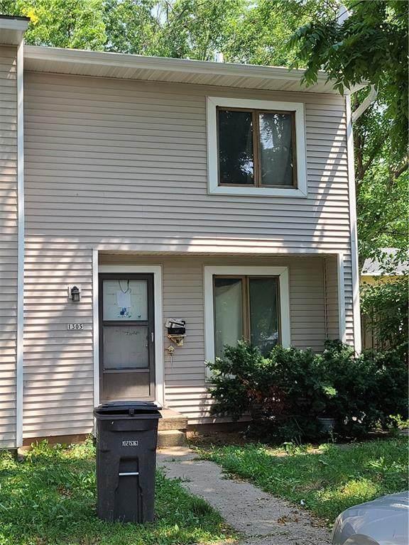1305 E 17th Street, Des Moines, IA 50316 (MLS #634389) :: Pennie Carroll & Associates