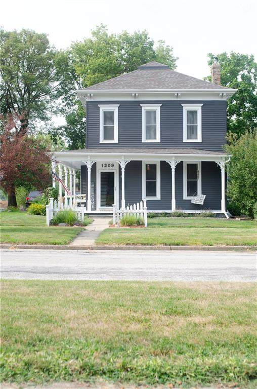 1209 W Jefferson Street W, Creston, IA 50801 (MLS #635057) :: Pennie Carroll & Associates