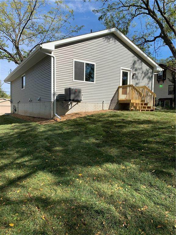 1109 E Sheridan Avenue, Des Moines, IA 50316 (MLS #640251) :: Better Homes and Gardens Real Estate Innovations