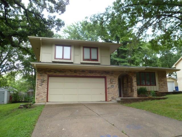 3623 SW 29th Street, Des Moines, IA 50321 (MLS #568661) :: Colin Panzi Real Estate Team