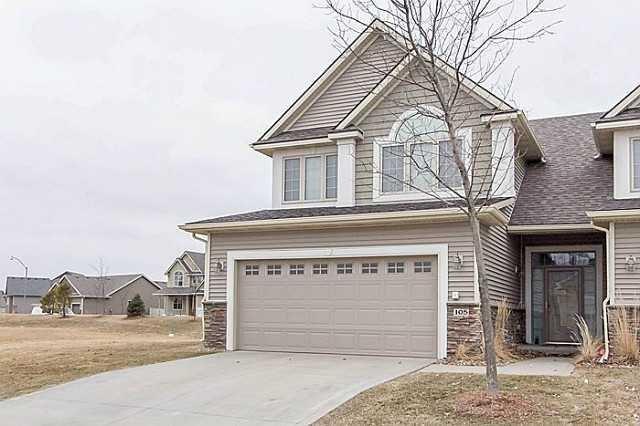 645 65th Place #105, West Des Moines, IA 50266 (MLS #572847) :: Moulton & Associates Realtors