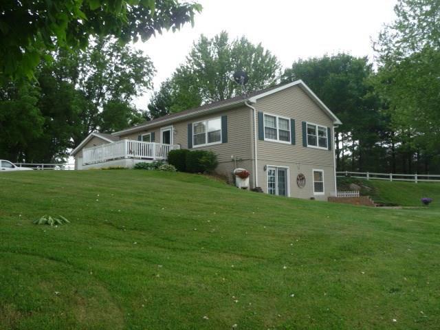 5798 Elk Horn Street, Norwalk, IA 50211 (MLS #584837) :: Kyle Clarkson Real Estate Team