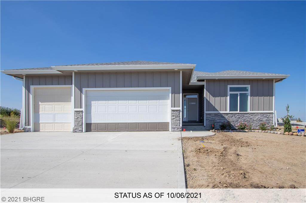 16423 Valley Drive - Photo 1