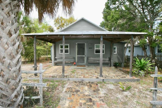 825 7th Street, Cedar Key, FL 32625 (MLS #777544) :: Pristine Properties
