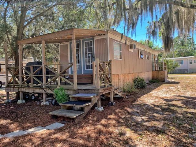 235 SE 241 St, Suwannee, FL 32692 (MLS #777644) :: Pristine Properties