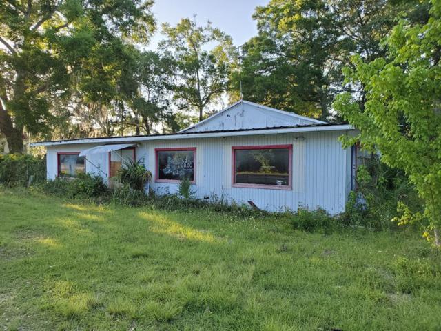 10 SE 4th Avenue, Chiefland, FL 32626 (MLS #777838) :: Pristine Properties