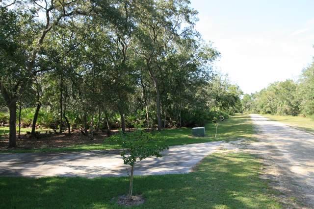 Lot 29 102nd Court SW, Cedar Key, FL 32625 (MLS #778750) :: Better Homes & Gardens Real Estate Thomas Group