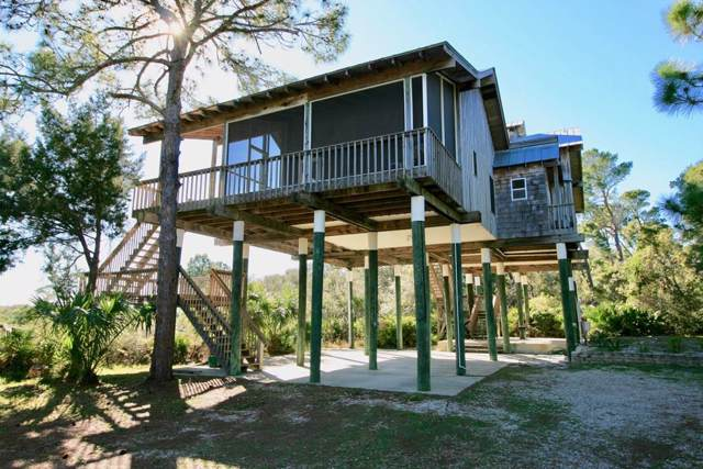 12830 Hodgson Avenue, Cedar Key, FL 32625 (MLS #779417) :: Better Homes & Gardens Real Estate Thomas Group