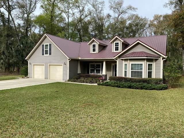 9289 Emily Dr, Fanning Springs, FL 32693 (MLS #779695) :: Pristine Properties