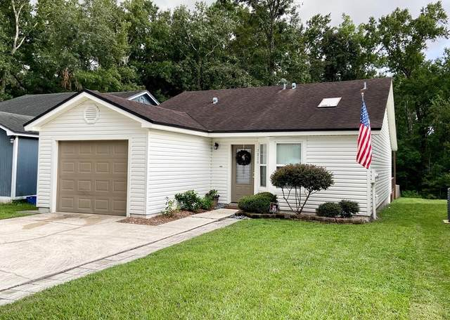 7826 S Aquarius Cir, Jacksonville, FL 32211 (MLS #780734) :: Pristine Properties
