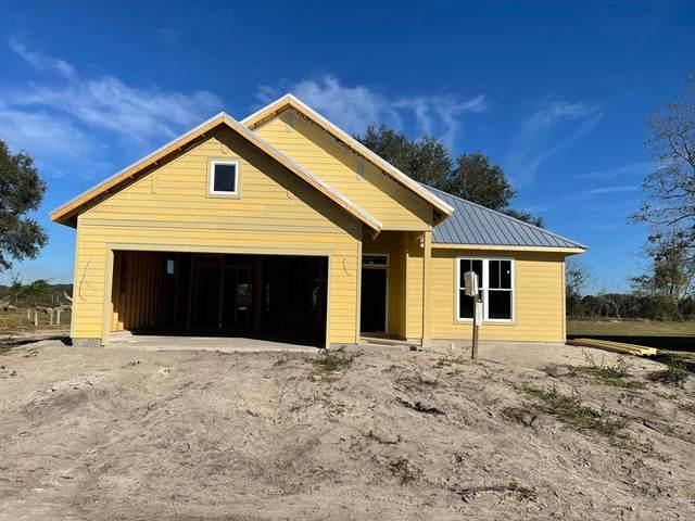 7662 Juanita Pl, Fanning Springs, FL 32692 (MLS #781048) :: Hatcher Realty Services Inc.