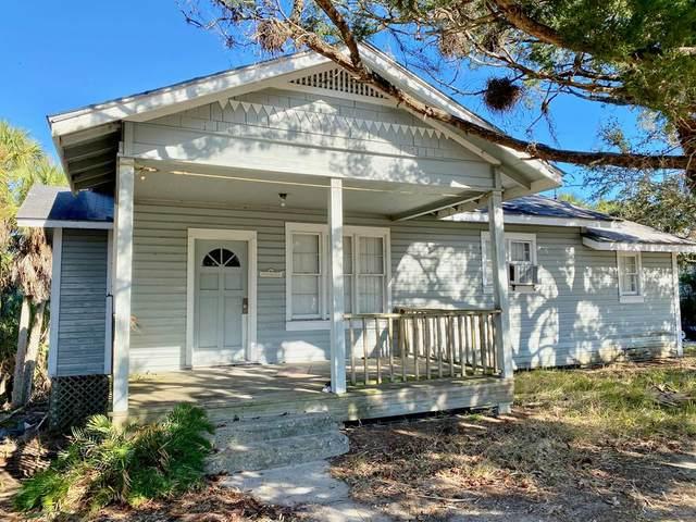 857 8th Street, Cedar Key, FL 32625 (MLS #781352) :: Hatcher Realty Services Inc.