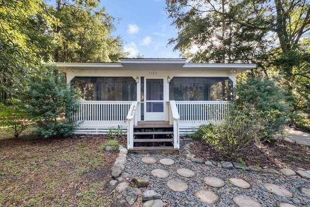 1707 NE Cedar St, Steinhatchee, FL 32359 (MLS #782492) :: Hatcher Realty Services Inc.