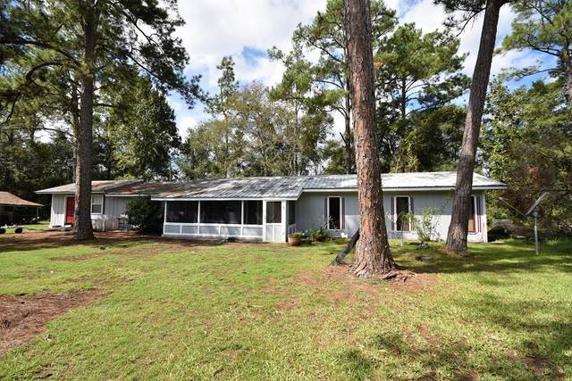 6878 NE 876th Ave, Old Town, FL 32680 (MLS #782972) :: Compass Realty of North Florida