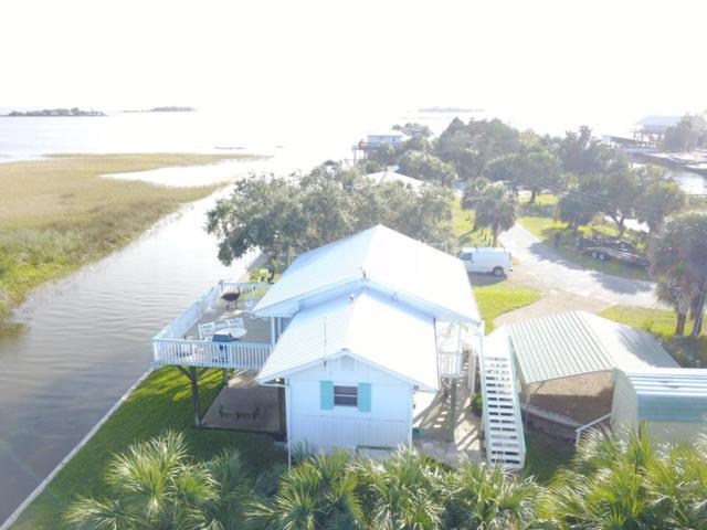 215 E 8th Ave, Horseshoe Beach, FL 32648 (MLS #776796) :: Pristine Properties