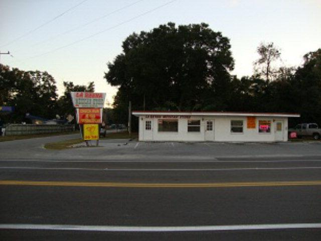 1005 NW 19th Ave, Chiefland, FL 32626 (MLS #766733) :: Pristine Properties