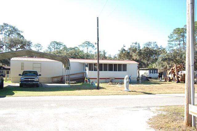 129 SE 867 AVE, Suwannee, FL 32692 (MLS #773141) :: Pristine Properties