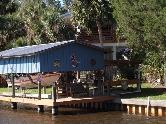 14 SE 909 AV., Suwannee, FL 32692 (MLS #773794) :: Pristine Properties