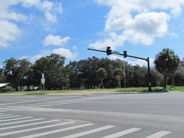 803 Main Street N, Chiefland, FL 32626 (MLS #774280) :: Hatcher Realty Services Inc.