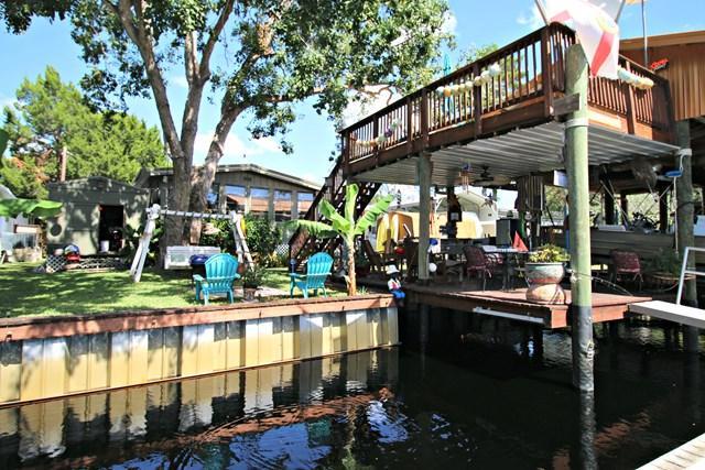 39 SE 892nd Ave, Suwannee, FL 32692 (MLS #774606) :: Pristine Properties