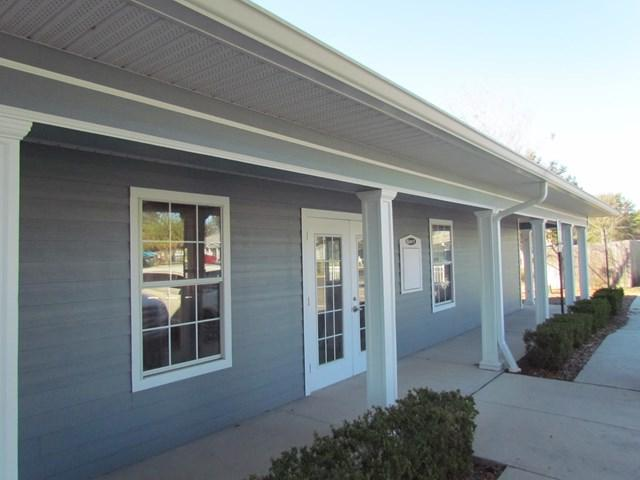 410 N Main Street Suite 10, Chiefland, FL 32626 (MLS #775052) :: Pristine Properties