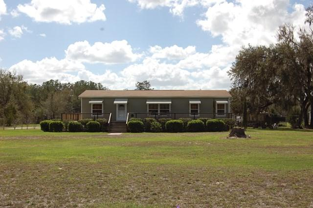 460 NE 394th Ave, Old Town, FL 32680 (MLS #775311) :: Pristine Properties