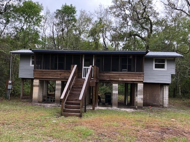 68 SE 306 Avenue, Old Town, FL 32680 (MLS #775490) :: Pristine Properties