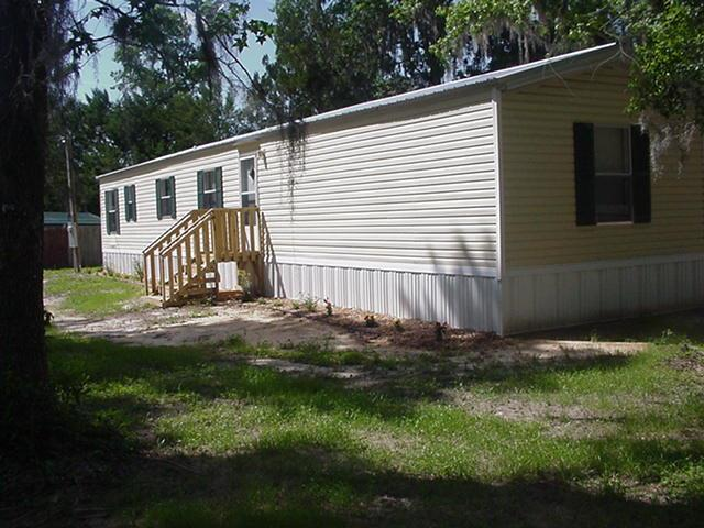 1929 SE 41st Way, Trenton, FL 32693 (MLS #775611) :: Pristine Properties