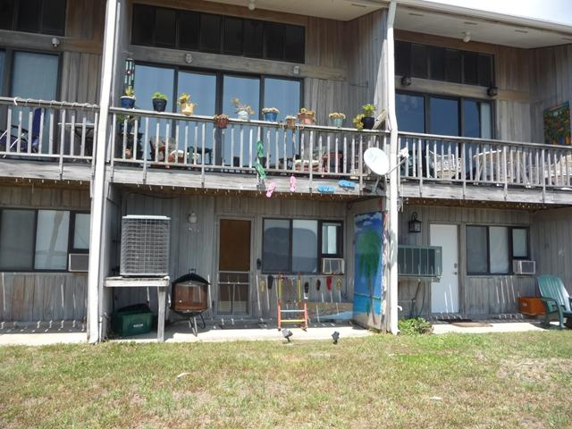 850 3rd St. #3, Cedar Key, FL 32625 (MLS #775727) :: Pristine Properties