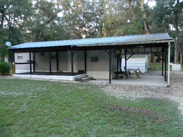 902 NE 763rd, Old Town, FL 32680 (MLS #776181) :: Pristine Properties