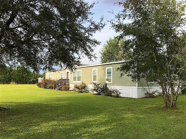 13751 NE 6TH CT, Trenton, FL 32693 (MLS #776256) :: Pristine Properties