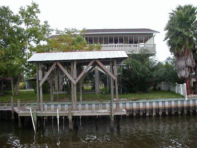 240 W 7th Ave, Horseshoe Beach, FL 32648 (MLS #777576) :: Pristine Properties