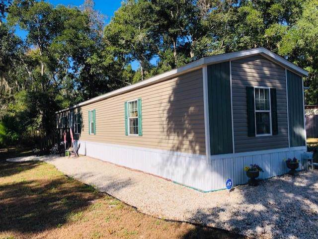 9649 Minnesota Street, Fanning Springs, FL 32693 (MLS #778792) :: Bridge City Real Estate Co.